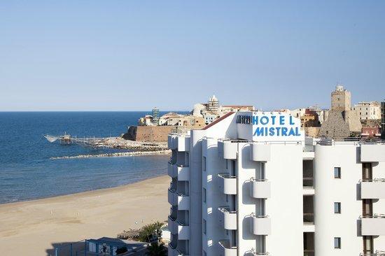 Listing azienda autonoma di soggiorno e turismo termoli for Hotel mistral milano